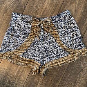 Xhilaration flowy bow shorts